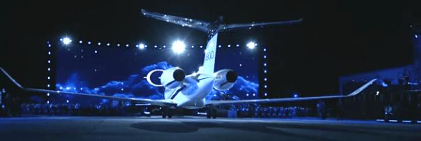Gulfstream's New G400, G800 Jets Keep Symmetry Flight Deck